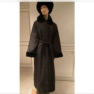 Women winter coat.(hat is not included)